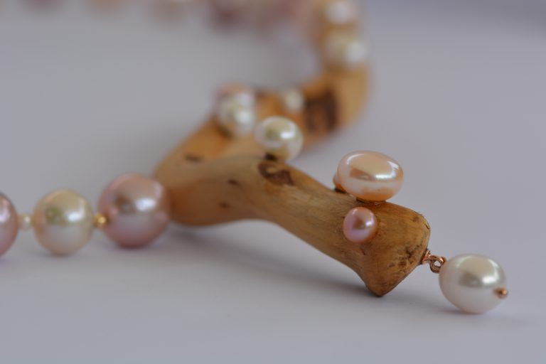 Schmuck-Halskette-Rebwurzel